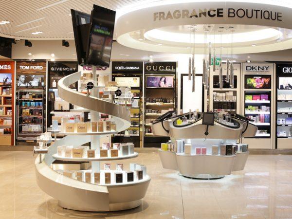 9f1d6cb054c6 Так называется зона свободной торговли, а именно магазины, расположенные  преимущественно в воздушных и морских портах. Товары, которые реализуются  ...