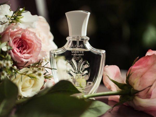 Летние ароматы для женщин: лучший парфюм по мнению потребителей среди классики и новинок 2021 года, а также критерии выбора